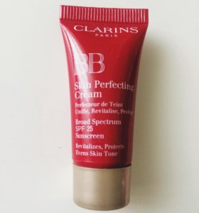 Крем Clarins Paris BB Skin perfecting cream.