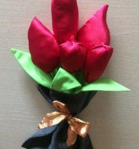 букет тюльпанов из шелка