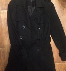 Фирменное пальто из шерсти