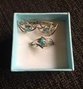 Серебряные серьги и серебряное кольцо 925 пробы