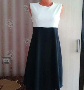 Платье новое 40,42