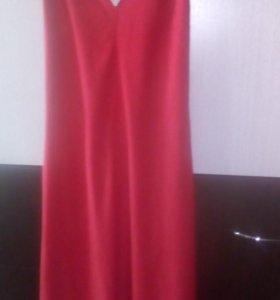 Продам платье 40-44