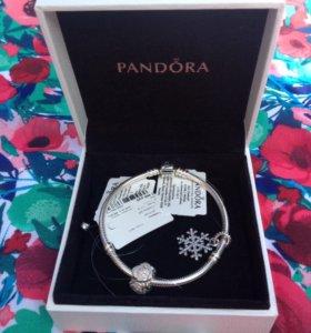 Браслет и шармы Pandora