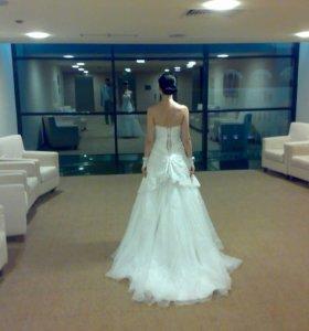 Продаётся шикарное свадебное платье