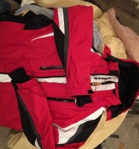 Лыжная сноубордическая зимняя куртка