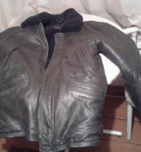 Продам куртку б/у нат. Кожа