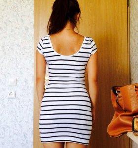 Стильное трикотажное платье