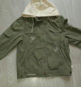 Курточка на девочку р-р 134-146