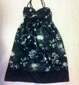Атласное платье New Look XS-S