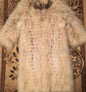 Пальто из белой лисы