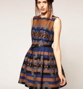 Новое жаккардовое платье Asos с принтом Aztec