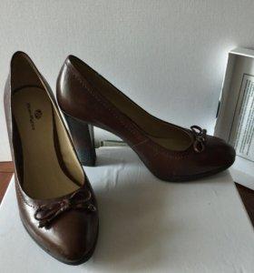 Продам туфли DINO RICCI натуральная кожа