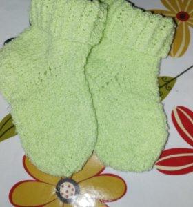 Носочки, пинетки для малышей
