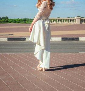 Платье с фринтом