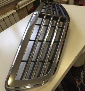 A2048801283 7D11 Mercedes W204 Решётка радиатора