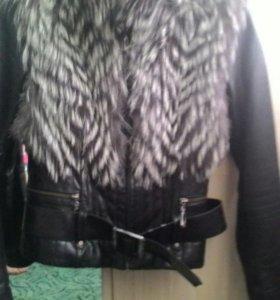 Продам кожаную куртку р.42-44