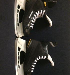 хоккейные коньки Bauer Supreme 140. Размер 44,5
