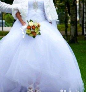 Свадебное платье 42-44р,в комплекте с
