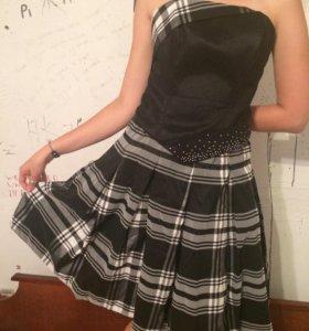 Корсетное платье.
