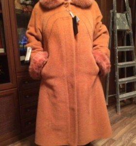 Зимнее пальто, новое.
