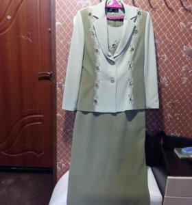 Костюм(пиджак+платье)