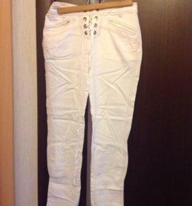 Стильные брюки р.44 женские