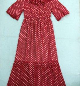 Стильное платье-новое