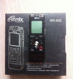Диктофон Ritmix RR-850 4Gb