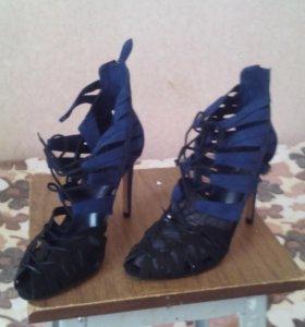 Новые туфли женские.