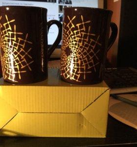 Пара новых подарочных чашек в коробочке
