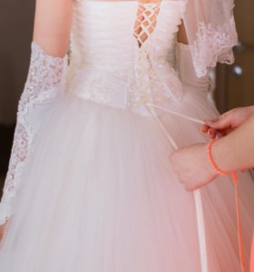 Свадебное платье, состояние отличное.