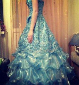 Бальной платье