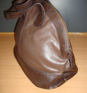 Новая коричневая сумка