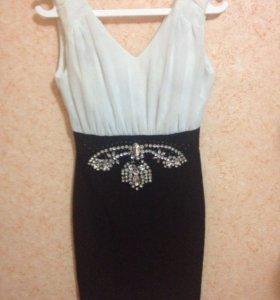 Платье с камнями
