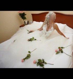Платье свадебное пышное со стразами размер 48