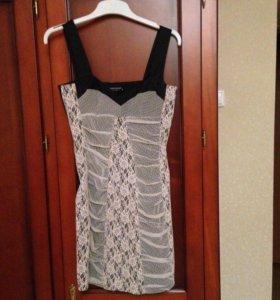 Продам итальянское Платье Rinascimento р.s