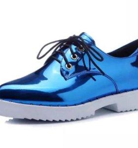 Ботинка лаковые