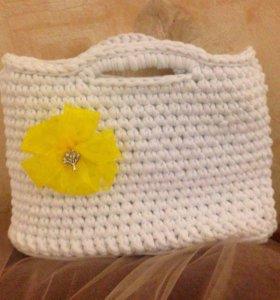 Вязанная женская сумочка