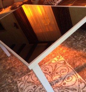 Продаю новый стол из закаленного стекла