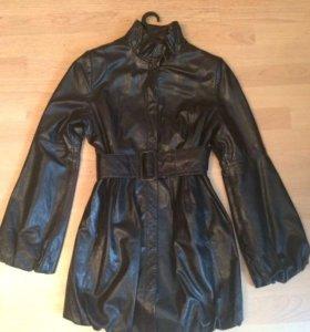 кожаная куртка Acasta 44 р.