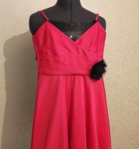 Платье коктейльное 40-42
