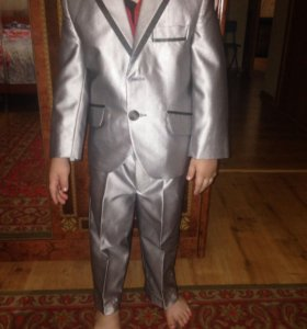 костюм для мальчика .97-104р