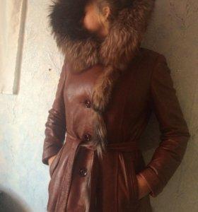 Куртка кожаная весна -осень-зима