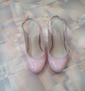 Туфли.37 размер