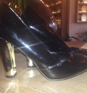 Стильные туфли(новые)