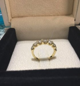Новое кольцо с бриллиантами