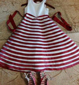 Платье на 8 лет размер 10