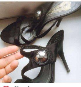 Туфли женские размер 38.