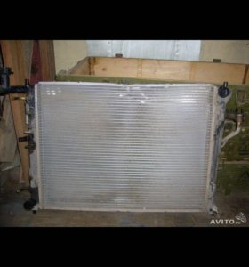 Радиатор охлаждения на Киа сид  2011г.