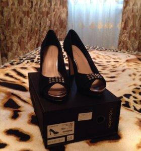 Замшевые туфли 39-р